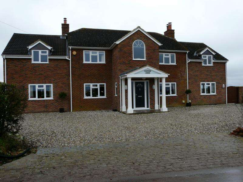 5 Bedrooms Detached House for sale in Chipping Lodge