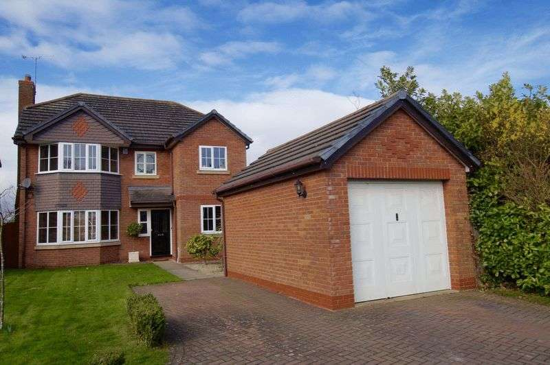5 Bedrooms Detached House for sale in Mayfield Court, Garden Village, Wrexham