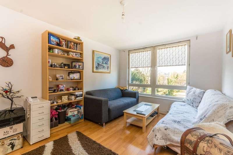 1 Bedroom Flat for sale in Winkfield Road, Wood Green, N22