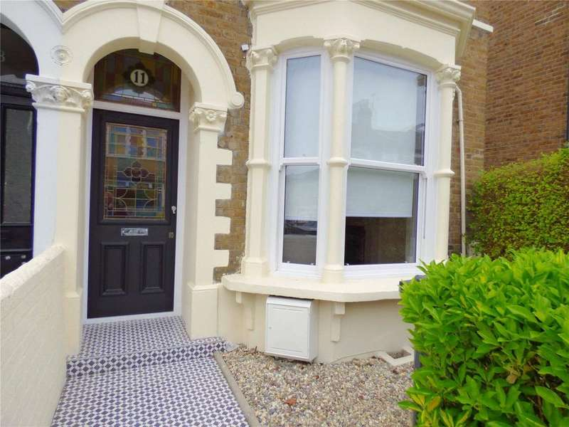 3 Bedrooms End Of Terrace House for sale in Grove Road, Leytonstone, E11