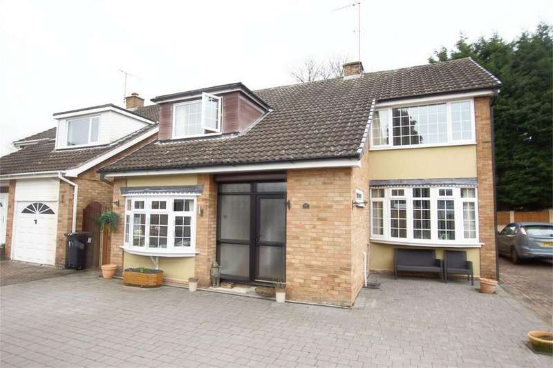 4 Bedrooms Detached House for sale in Elizabeth Court, Myton Crescent, Warwick