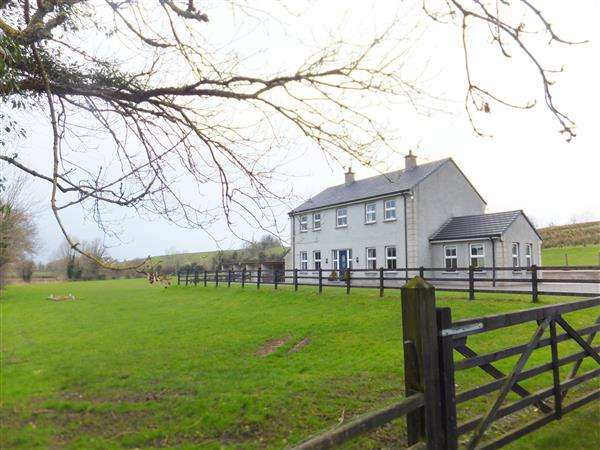 4 Bedrooms Detached House for sale in 140 Crevenish Road
