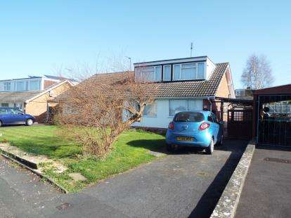 3 Bedrooms Bungalow for sale in Solway Road, Cheltenham, Gloucestershire