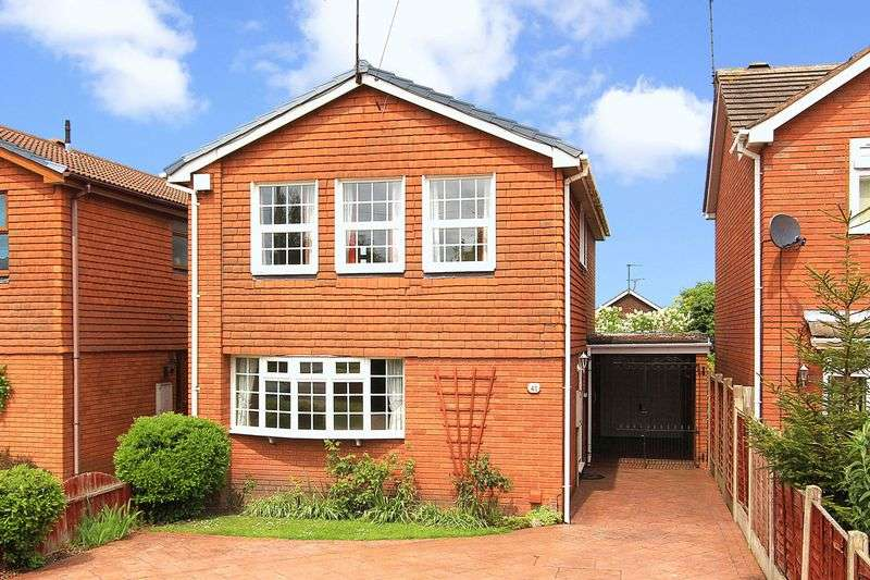 4 Bedrooms Detached House for sale in FINCHFIELD, Finchfield Road West