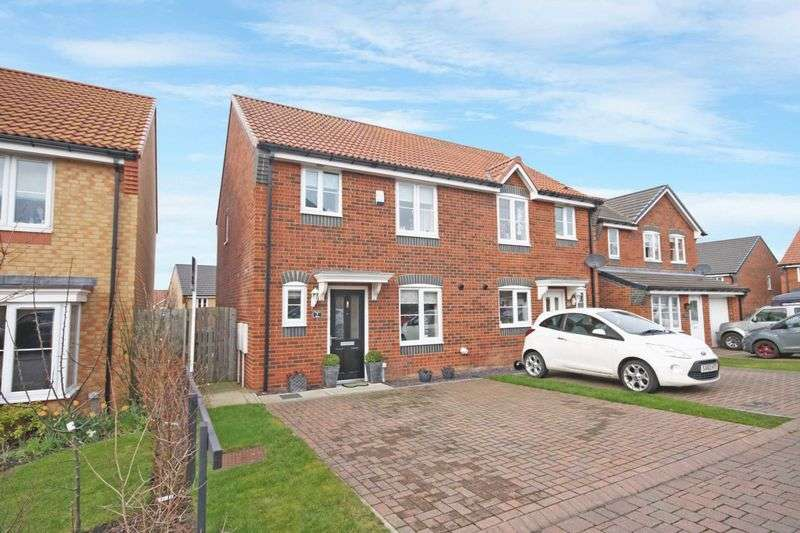 3 Bedrooms Semi Detached House for sale in Stratton Close, Brotton, Brotton