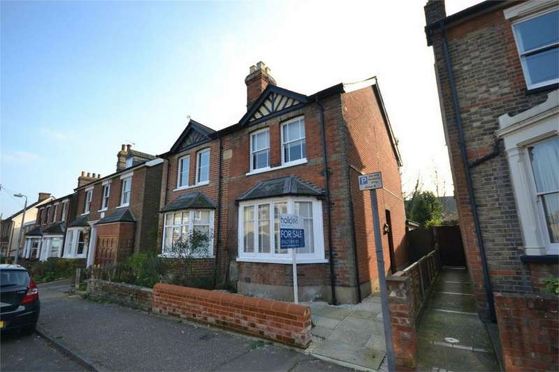 2 Bedrooms Semi Detached House for sale in Victoria Road, Maldon, Essex