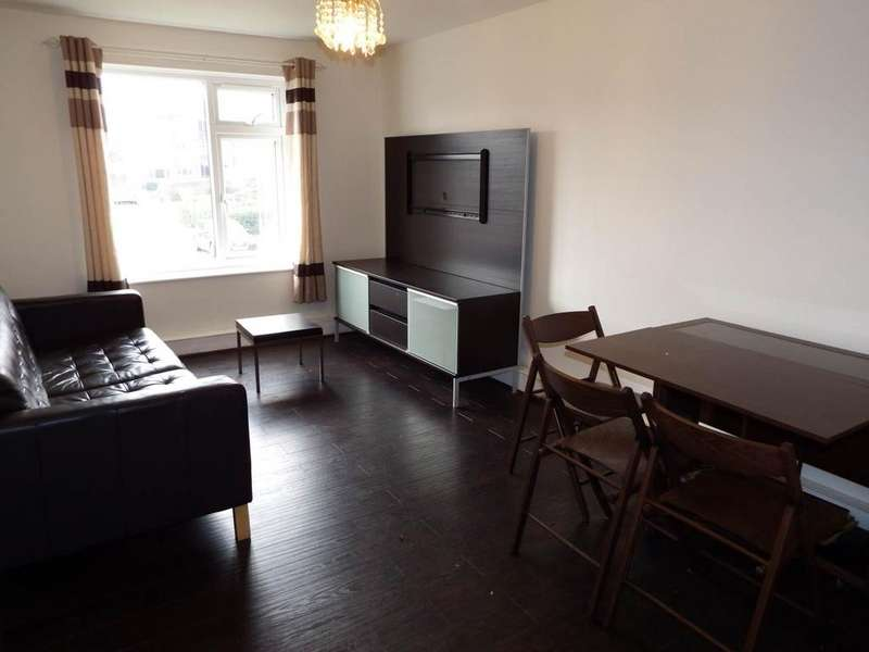 2 Bedrooms Flat for rent in North Sherwood Street, Nottingham,