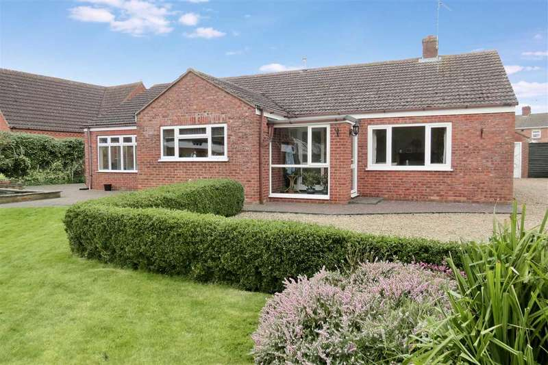 4 Bedrooms Detached Bungalow for sale in Church Street, Great Hale