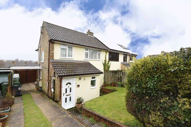 3 Bedrooms Semi Detached House for sale in King John Road, Kingsclere