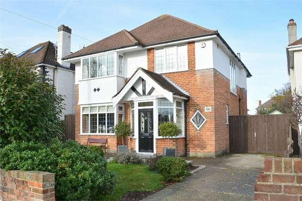 3 Bedrooms Detached House for sale in Durrington Road, Boscombe East, Bournemouth
