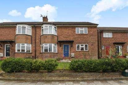 2 Bedrooms Maisonette Flat for sale in Edgehill Road, Chislehurst