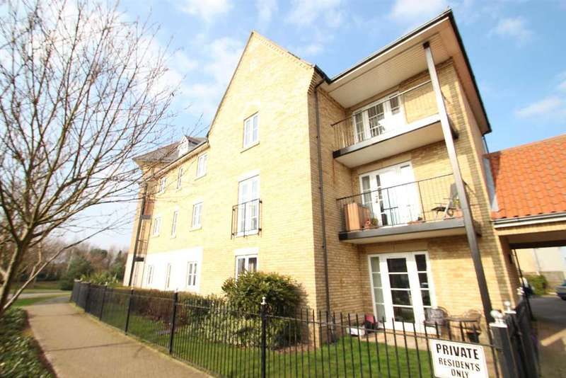 2 Bedrooms Apartment Flat for sale in Alnesbourn Crescent, Ravenswood, Ipswich