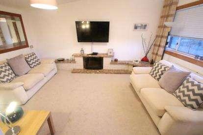 2 Bedrooms Terraced House for sale in Neil Street, Greenock