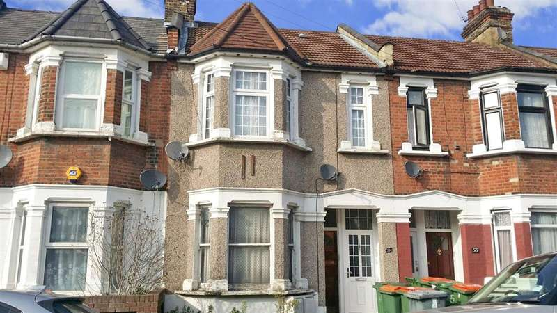 1 Bedroom Flat for sale in Caulfield Road, East Ham, London
