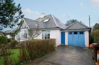 2 Bedrooms Bungalow for sale in St.Ives, Cornwall