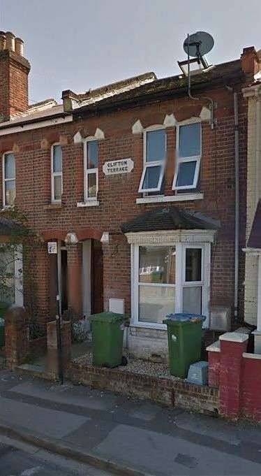 6 Bedrooms House for rent in Milton Road, Polygon, Southampton, SO15