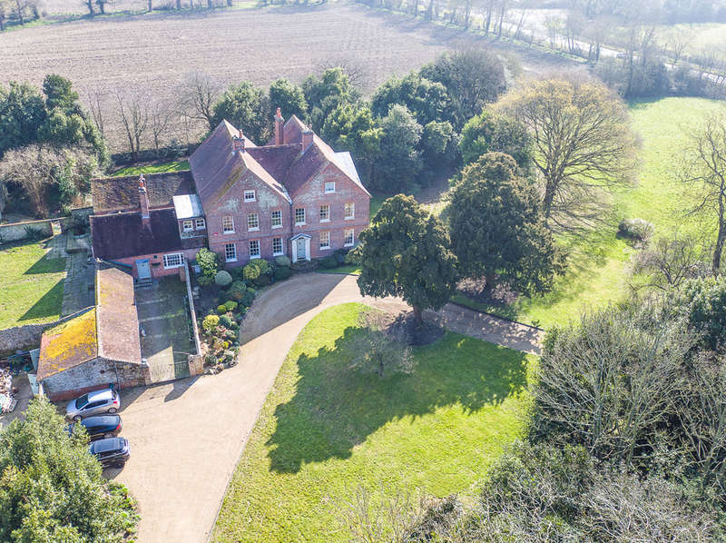 8 Bedrooms House for sale in Hayling Island, Hampshire