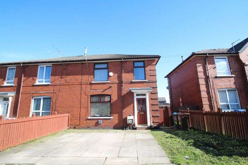 3 Bedrooms Semi Detached House for sale in Mentmore Road, Rochdale OL16 3AE