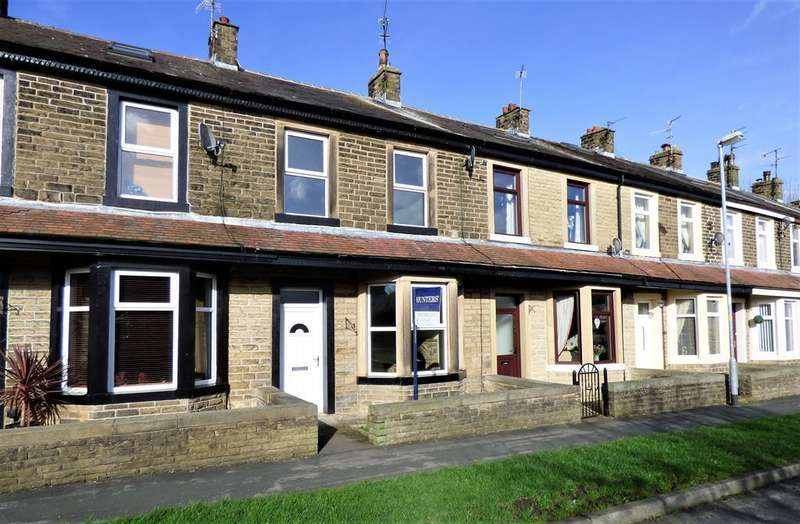 3 Bedrooms Terraced House for sale in Rushton Avenue, Earby