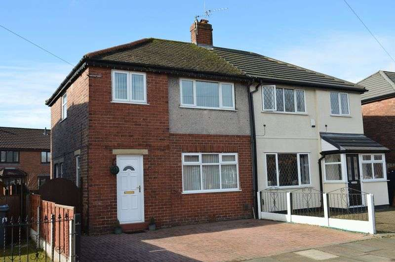 3 Bedrooms Semi Detached House for sale in Laburnum Road, Lowton, WA3 2NL