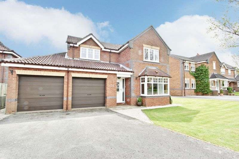 4 Bedrooms Detached House for sale in Highcroft, Cherry Burton