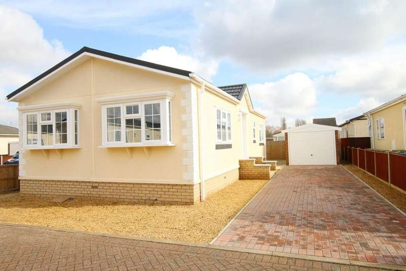 2 Bedrooms Villa House for sale in Robingoodfellows Lane, March