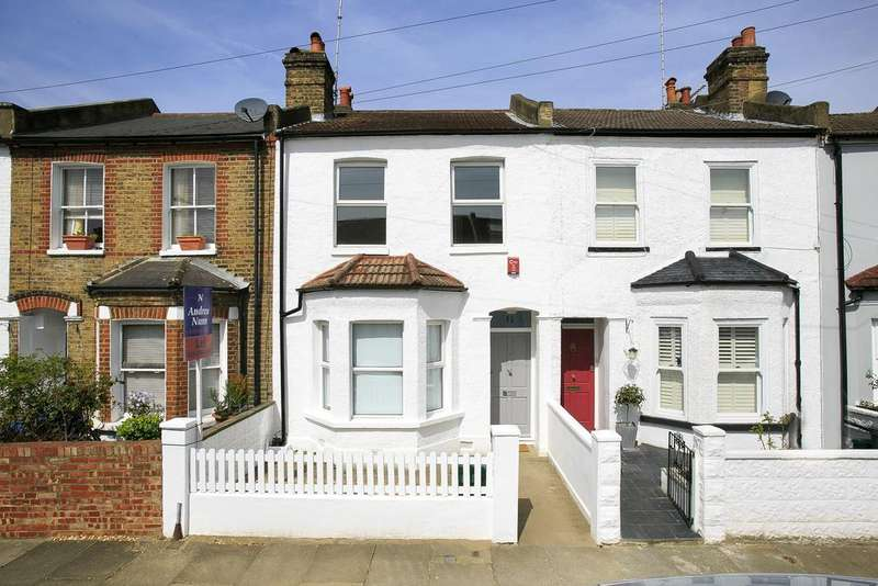 3 Bedrooms House for sale in Seymour Road, London