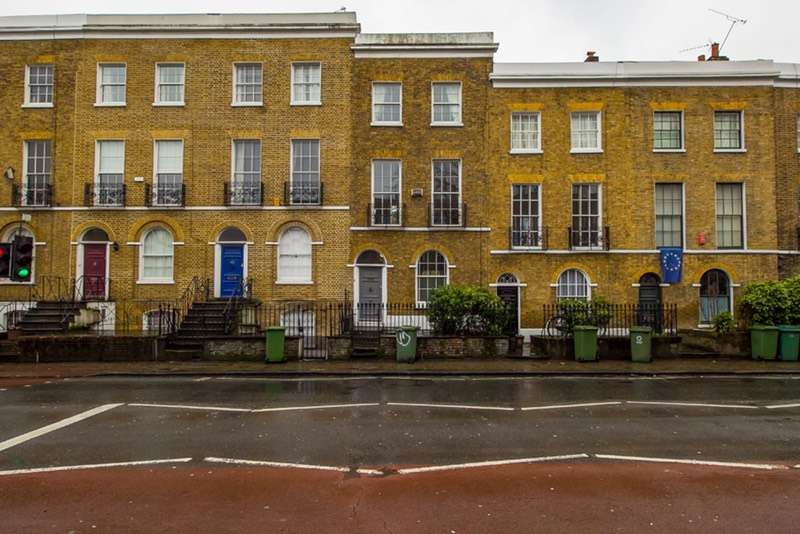 3 Bedrooms Terraced House for sale in CAMBERWELL NEW ROAD, CAMBERWELL, London, SE5