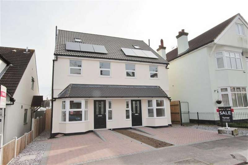 3 Bedrooms Semi Detached House for sale in Westminster Drive, Westcliff-On-Sea, Essex