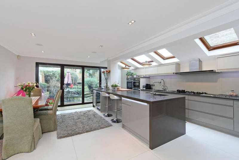 5 Bedrooms Terraced House for sale in Finlay Street, Fulham, London, SW6