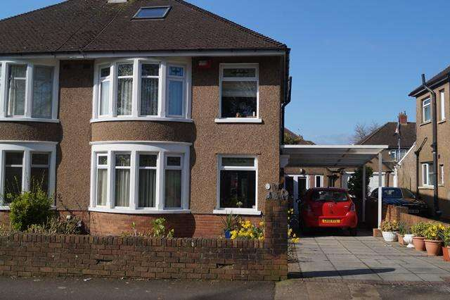 3 Bedrooms Semi Detached House for sale in King George V Drive West, Heath, Heath, Cardiff CF14