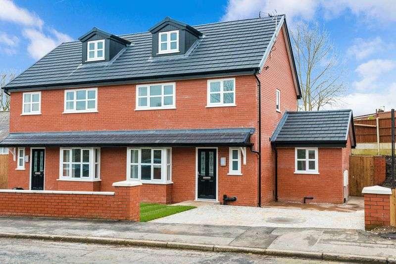 4 Bedrooms Semi Detached House for sale in Park Brook Lane, Shevington