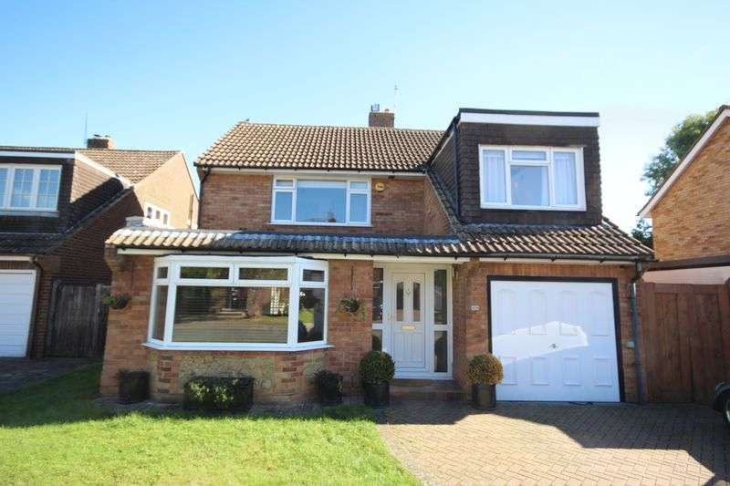 4 Bedrooms Detached House for sale in Elm Grove, Hildenborough