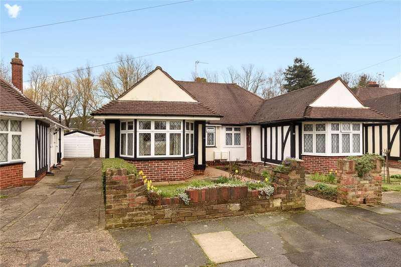3 Bedrooms Semi Detached Bungalow for sale in Cardinal Road, Ruislip, Middlesex, HA4