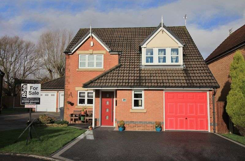 4 Bedrooms Detached House for sale in 20 Ruthin Drive, Thornton Cleveleys Lancs FY5 4FE