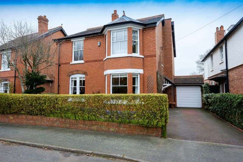 4 Bedrooms Detached House for sale in Church Hill Road, Tettenhall, Wolverhampton