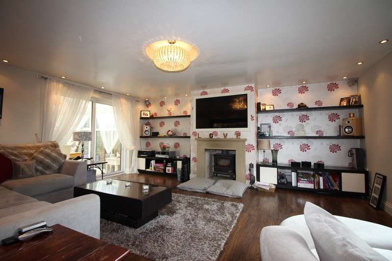 3 Bedrooms Semi Detached House for sale in Brandwood Park Road, Kings Heath, West Midlands, B14