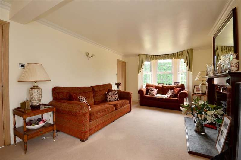 4 Bedrooms Detached House for sale in Collier Street, Collier Street, Kent