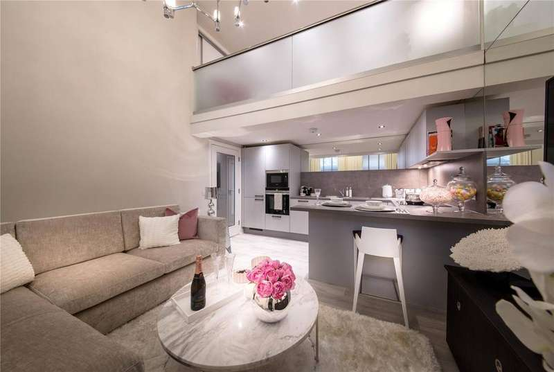 2 Bedrooms Flat for sale in Apartment 7 - The Atrium, Glasgow, G11