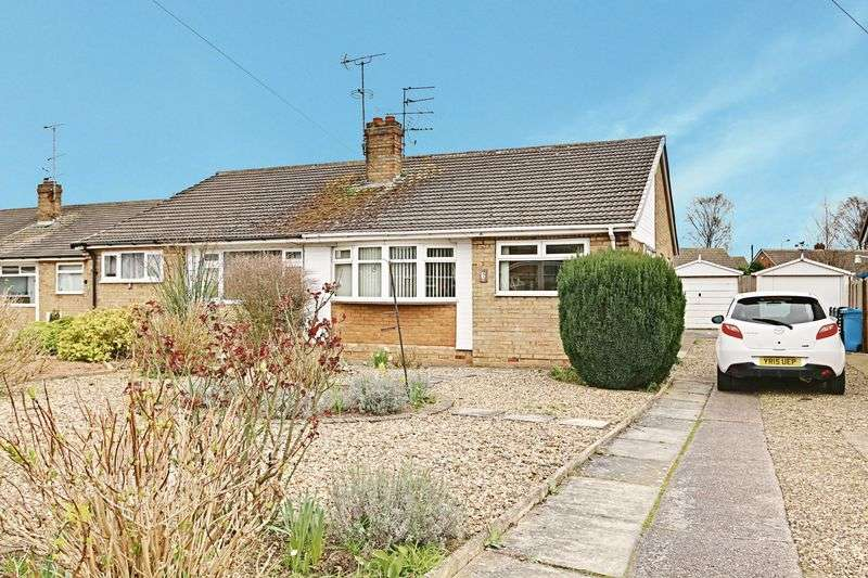 2 Bedrooms Semi Detached Bungalow for sale in Port Avenue, Hull