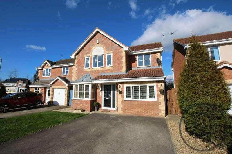 4 Bedrooms Detached House for sale in Cheltenham Way, Woodham, Newton Aycliffe