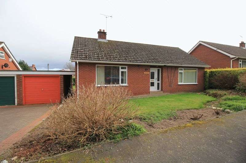 3 Bedrooms Detached Bungalow for sale in Berwyn Avenue, Chirk Bank
