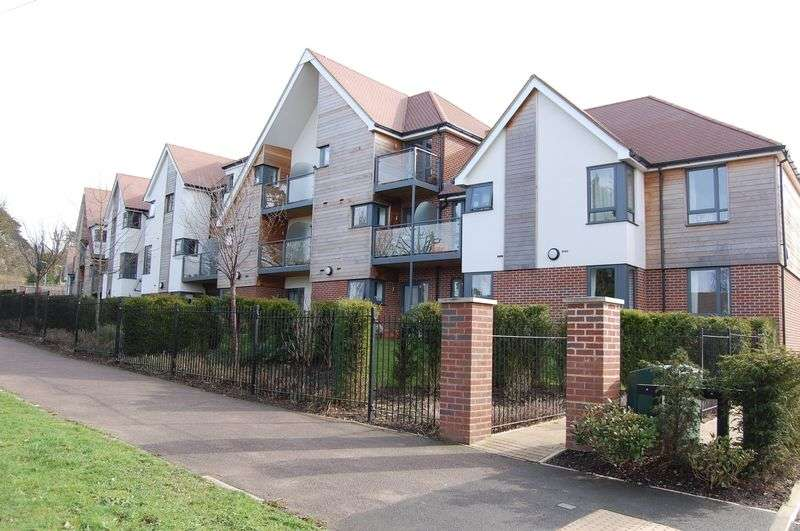 1 Bedroom Retirement Property for sale in Mandeville Court, Darkes Lane, Potters Bar