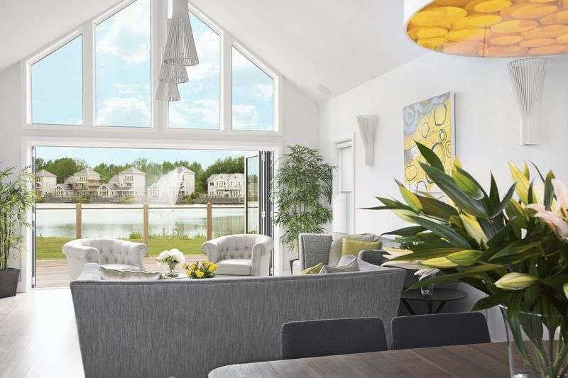 5 Bedrooms Detached House for sale in Plot 48 The Super Grand Hampton, Summer Lake, Spine Road, South Cerney, Nr. Cirencester, GL7 5LW