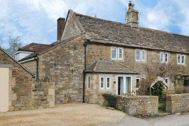 3 Bedrooms Terraced House for sale in Wingfield, Nr Bradford-on-Avon and Trowbridge