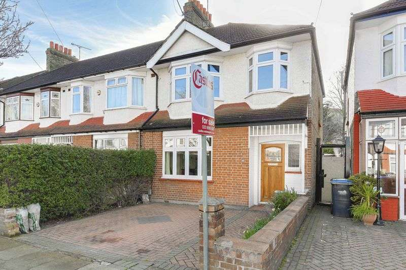 3 Bedrooms Terraced House for sale in Princes Avenue, Palmers Green