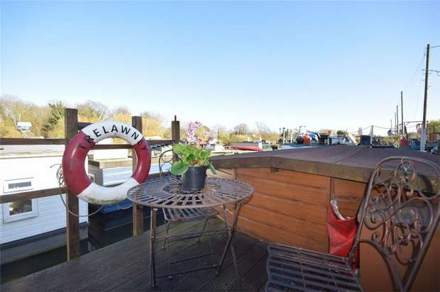 1 Bedroom Detached House for sale in Swan Island, Strawberry Vale, Twickenham