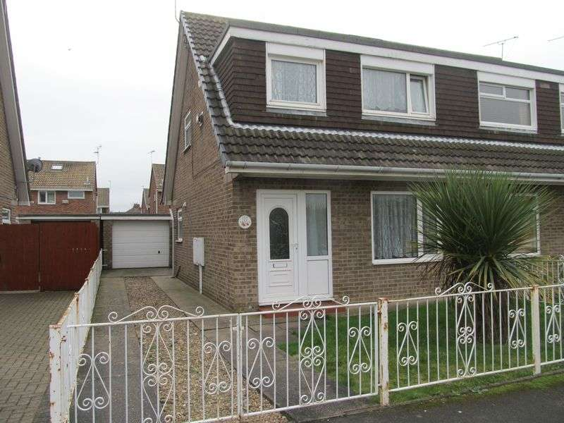 3 Bedrooms Semi Detached Bungalow for sale in Hathersage Road, Hull