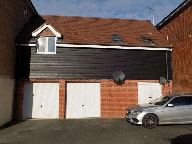 2 Bedrooms House for sale in Torun Way, Haydon End