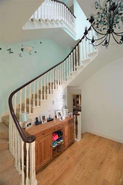 3 Bedrooms Terraced House for sale in Barrack Street, Devonport, Plymouth, Devon